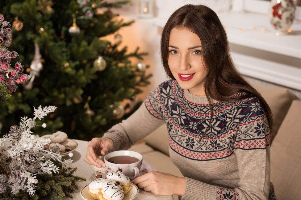 How to Stay Happy, Peaceful, and Grounded through the Holidays
